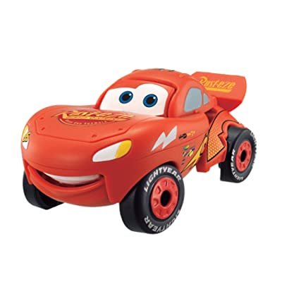 Hatch 'n Heroes Cars Lightning McQueen Transforming Figure: Toys & Games