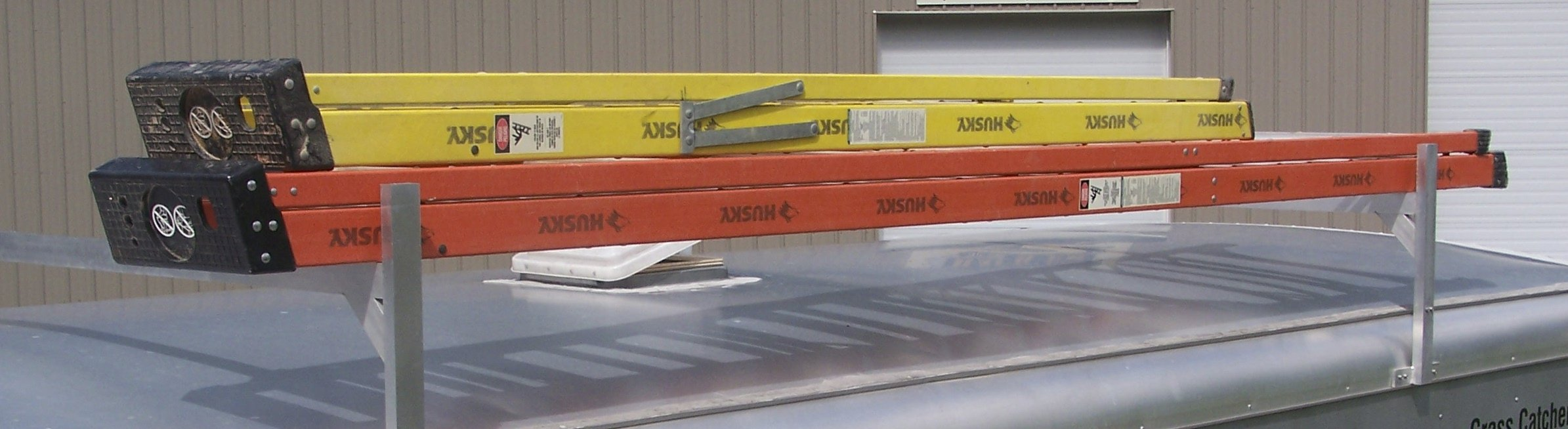 Fitz-All Adjustable Aluminum Trailer Ladder Rack (RA-28) for Enclosed Trailers by Rack'em Mfg