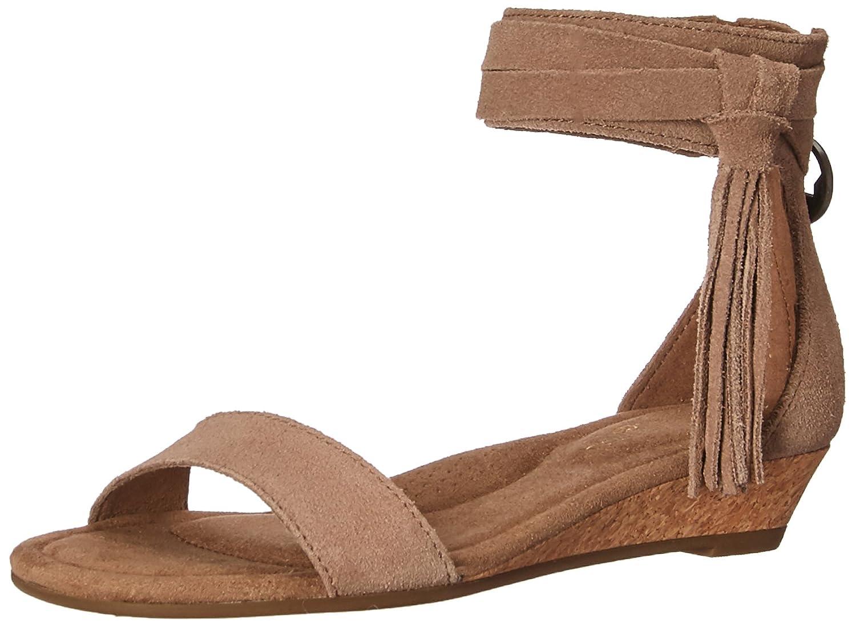 8435c3d4af Amazon.com | Koolaburra by UGG Women's W Saige Wedge Sandal | Platforms &  Wedges