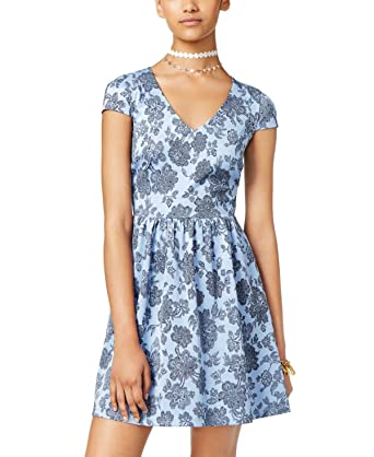 a2800cb92 Amazon.com: B Darlin Juniors' Printed Illusion Fit & Flare Dress,  SkyBlue/Black, 1/2: Clothing