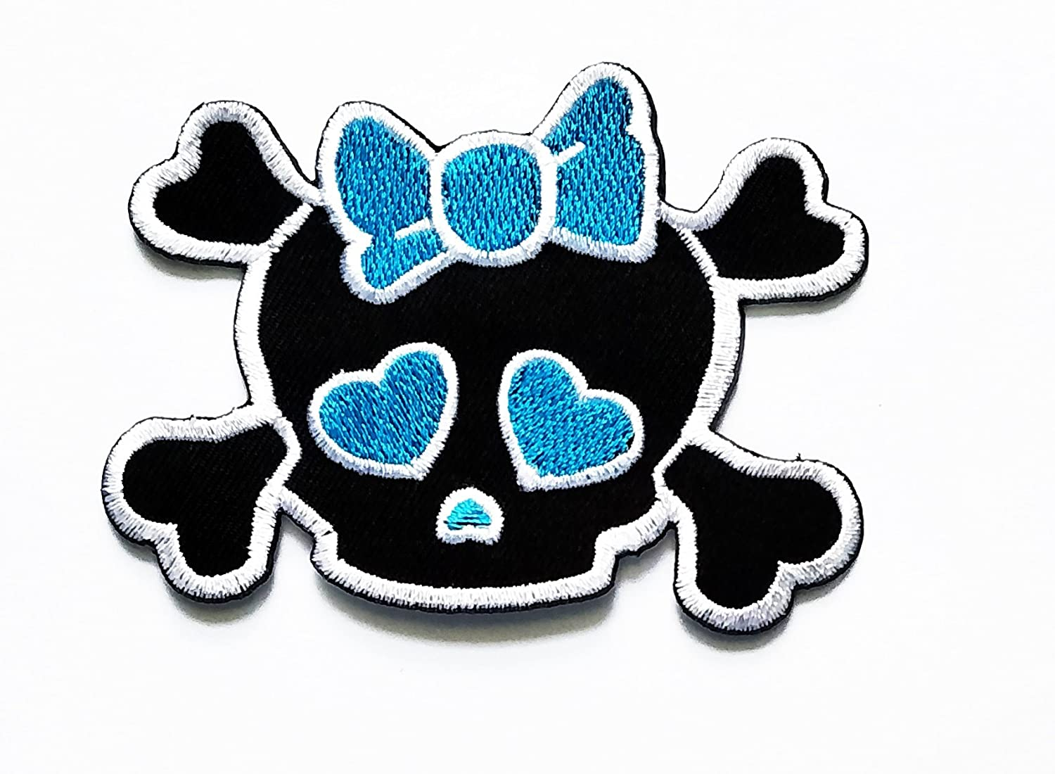 Skull and Crossbones Applique Patch 3-Pack, Small, Iron on