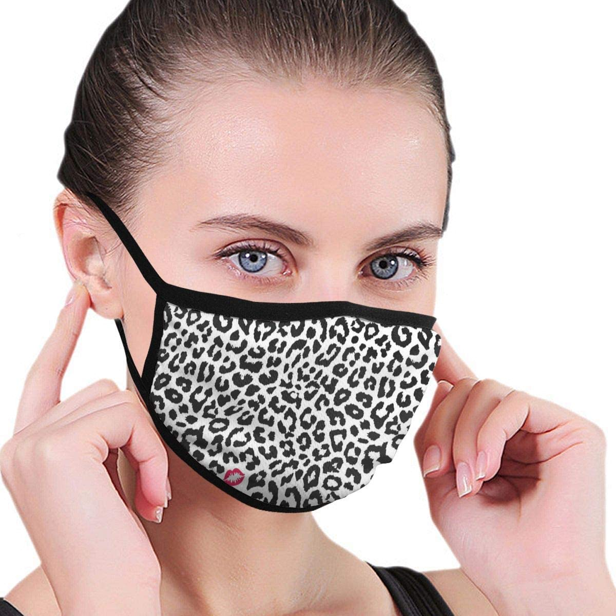 Leopard Cheetah Animal Print with Kiss Shape Lipstick Unisex Outdoor Sport Mouth Face Mask Mascarilla Lavable Reutilizable para niños Adultos