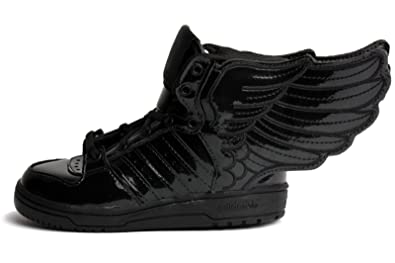 purchase cheap 1454b a2fd1 Amazon.com   Adidas JS WINGS 2.0 I By Jeremy Scott   SUPCOL BLACK  Q23669    Basketball