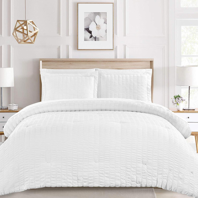 Shop White Seersucker Textured Comforter Set from Amazon on Openhaus