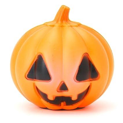 TRIXES Mini zucca di Halloween a LED che cambia colore  Amazon.it ... 2d29b8212f25