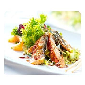 alfombrilla de ratón Ensalada con anguila ahumada con salsa Unagi. Comida japonesa - rectangular -