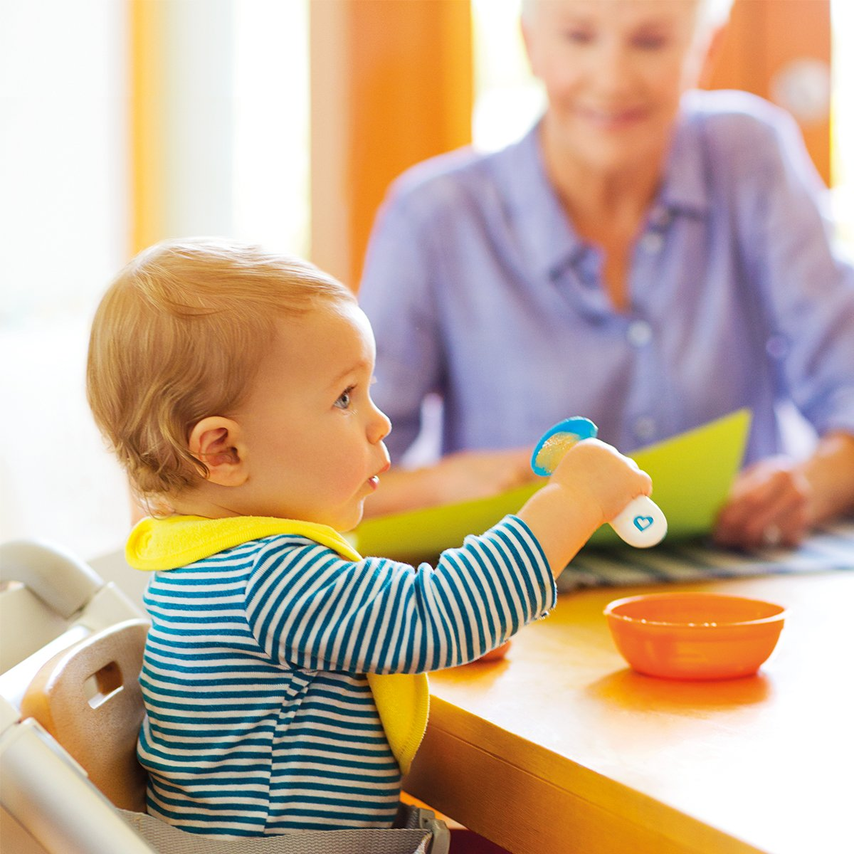 Pink//Purple Munchkin Infant Scooper Spoons