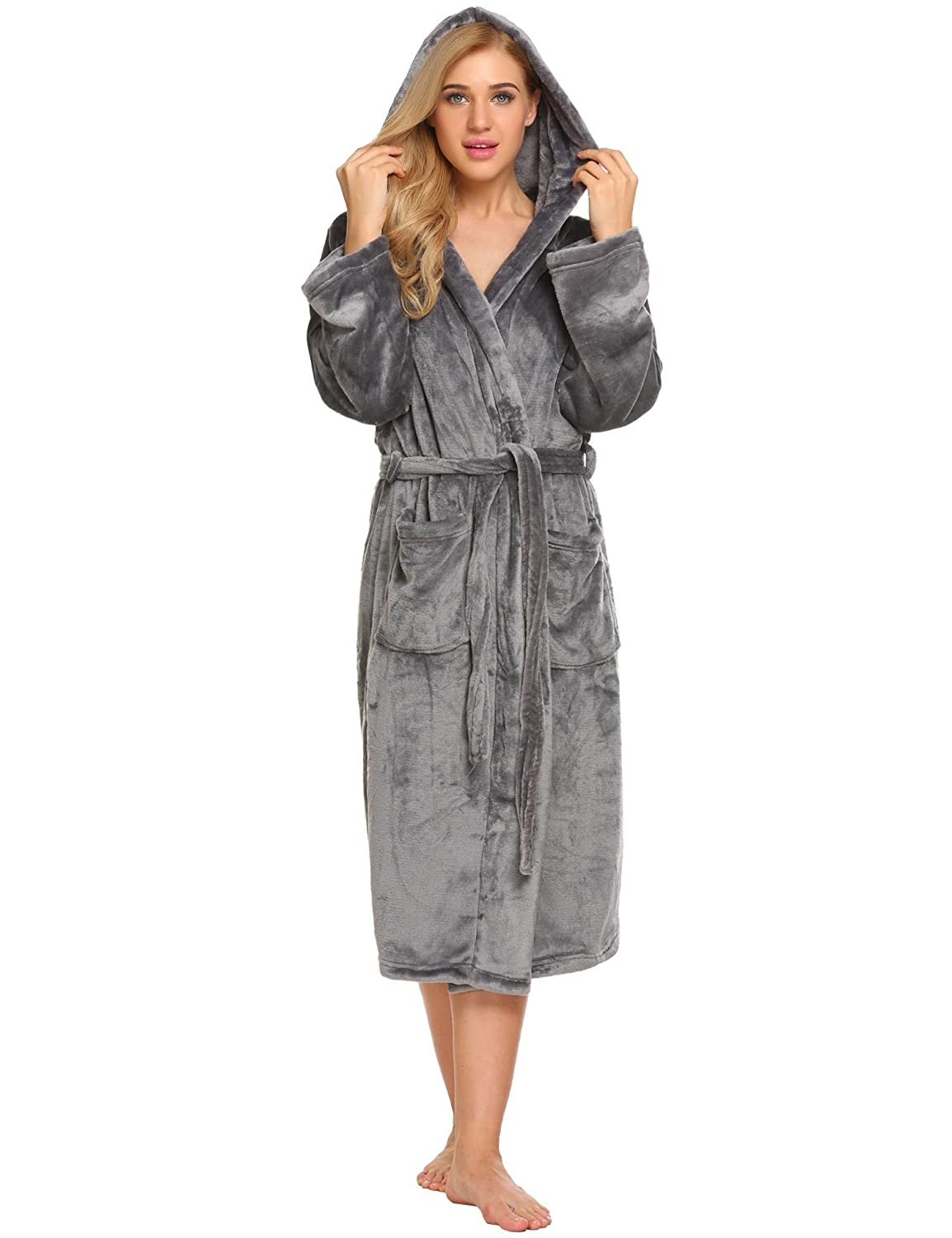 4ffaf01ffc Ekouaer Women Fleece Robe Hooded Bathrobe Long Plush Microfiber Sleepwear  with Pockets S-XL at Amazon Women s Clothing store