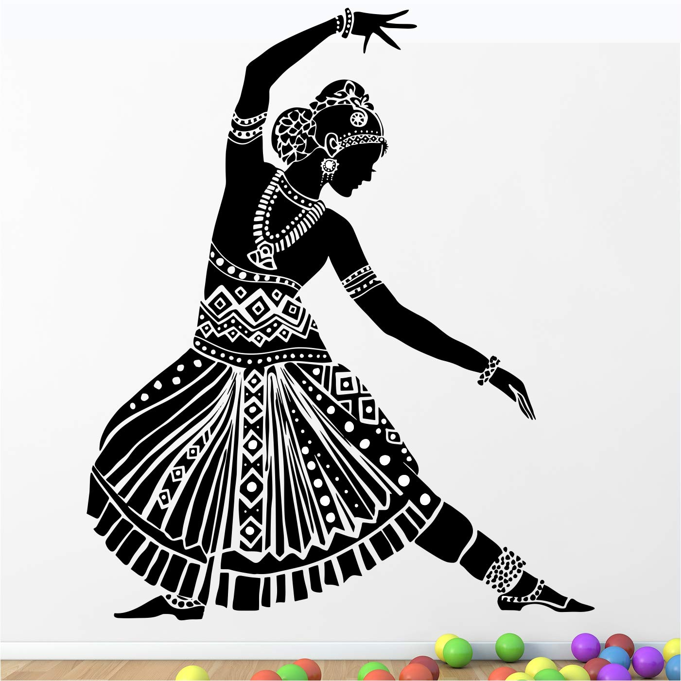 Buy Stickme Beautiful Indian Classical Dance Bharatanatyam Woman Dancer Creative Colorful Wall Sticker Sm819 Pvc Vinyl 100cm X 80 Cm Online At Low Prices In India Amazon In