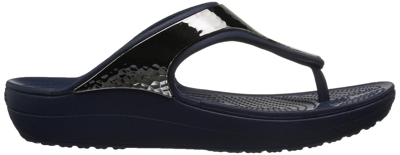 f4b457c70216 Amazon.com  Crocs Women s Sloane Hammered Metallic Platform Flip  Shoes