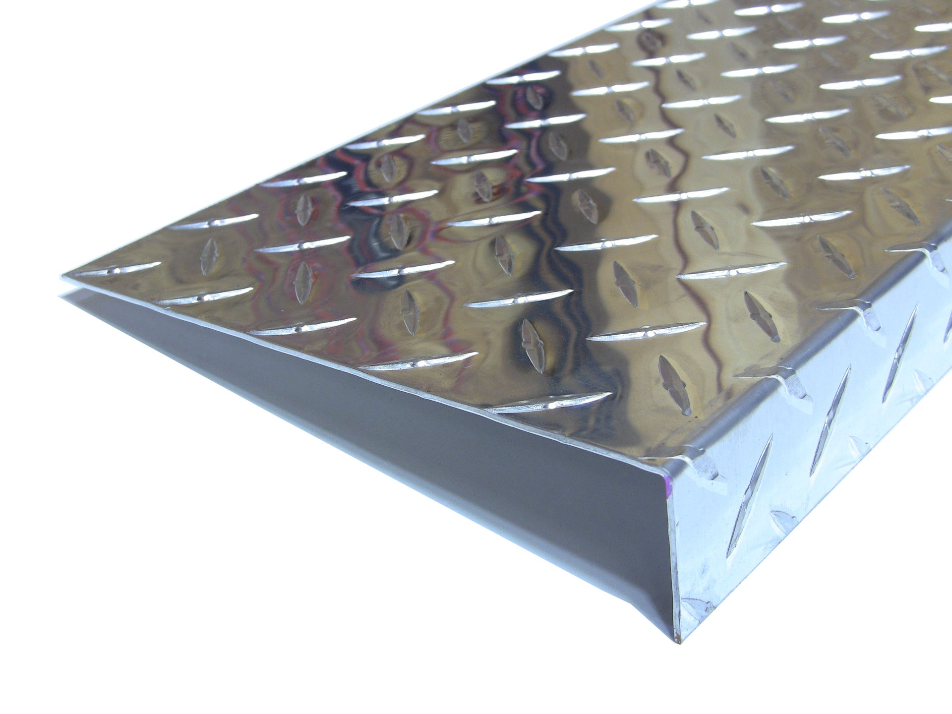 Aluminum Diamond Plate Door Threshold .062 x 1.5 x 7.5 x 36 in. w/out screws and holes | (1/16 x 1-1/2 x 7-1/2 x 36 in.) UAAC