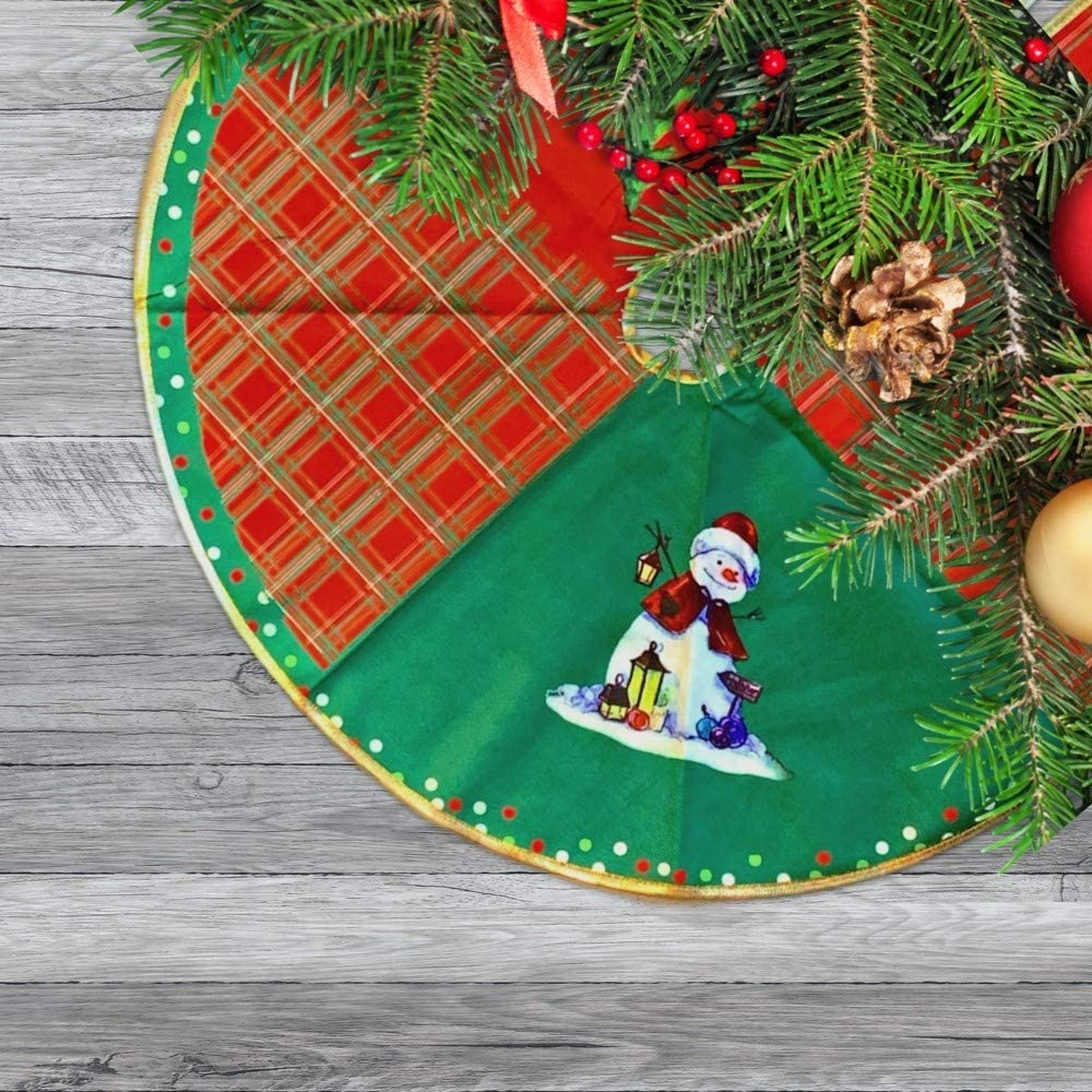 BANBERRY DESIGNS Rustic Snowman Christmas Tree Skirt – Approx. 27 Inch Diameter Velvety Tree Skirt Traditional Xmas Pattern for Holiday Decor Office Party Decorations