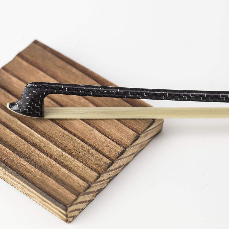 Premier instrumento de cuerda parte 4//4/tama/ño completo Natural Pelo De Caballo De Mongolia Top modelo de fibra de carbono trenzado de plata viol/ín arco nuevo