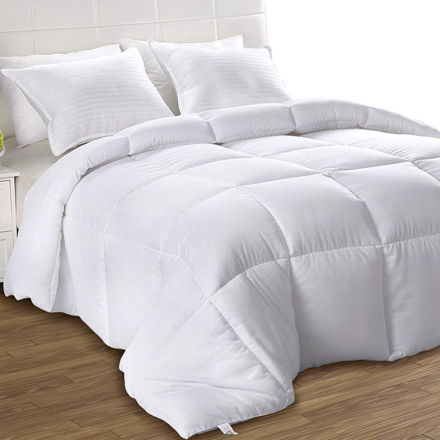 Amazon Com Utopia Bedding Down Alternative Comforter Queen White All Season Comforter Plush Siliconized Fiberfill Duvet Insert Box Stitched Home Kitchen