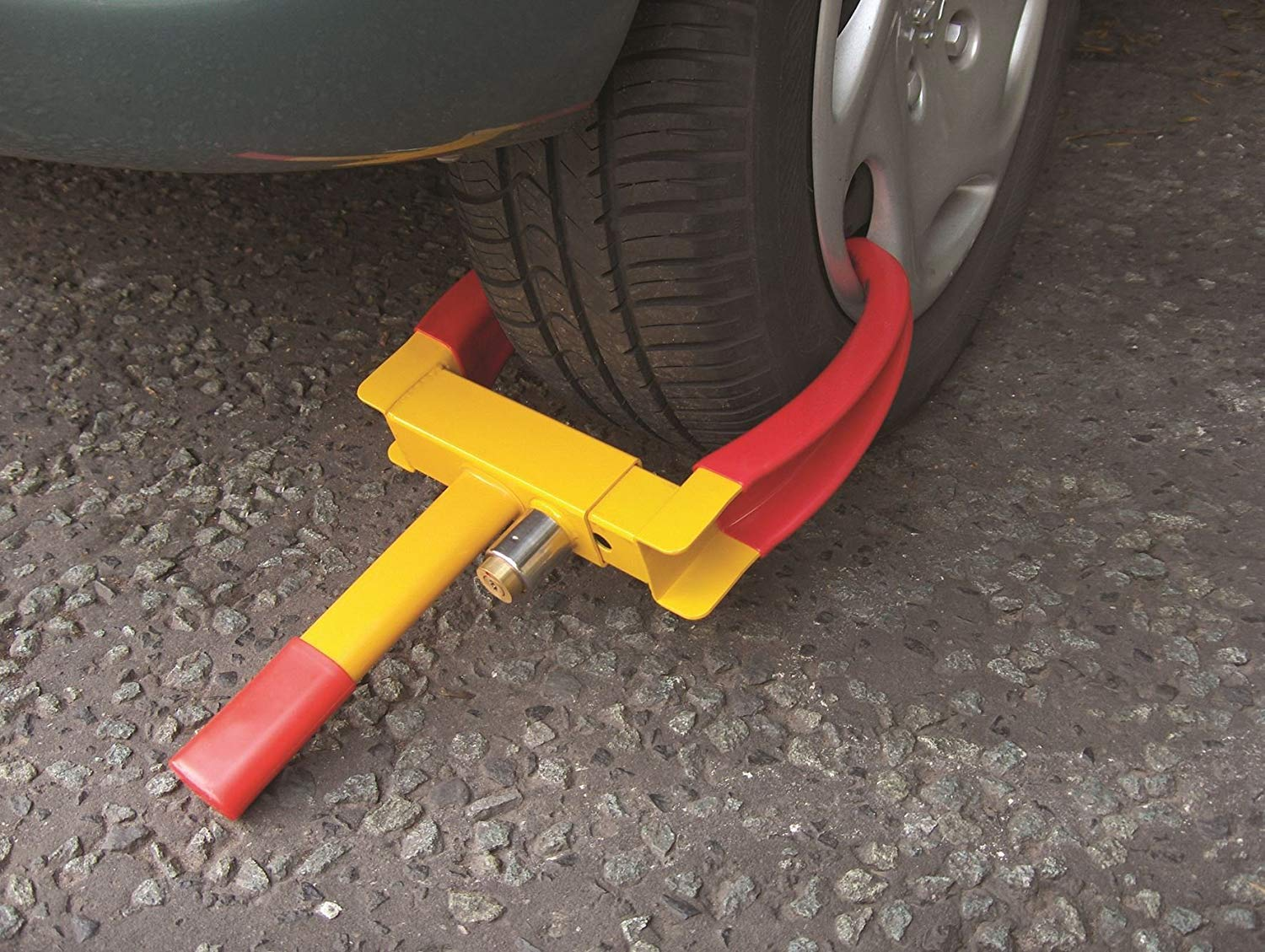 Streetwize Heavy Duty Car Van/Caravan Wheel Clamps Claw Style- Yellow/Red 2 Keys