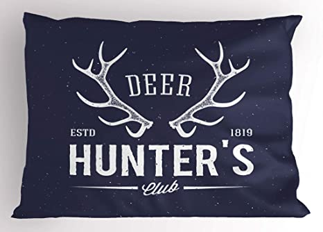 Caza Decor Pillow Sham por Ambesonne, Deer Hunter Club de Logo diseño con cuernos Retro