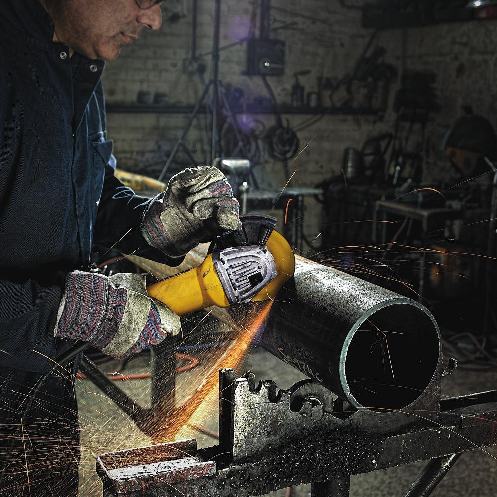 Best Angle Grinder Reviews and Buying Guide 2019 7