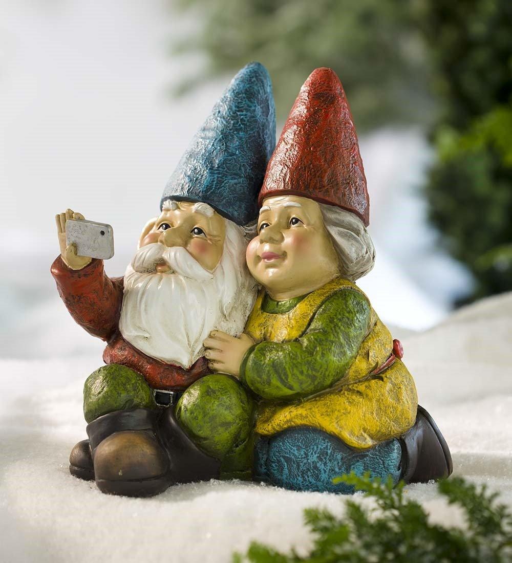 Selfie Gnome Statue