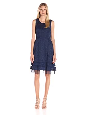 Perfect image of BCBGMAXAZRIA KAX61E48