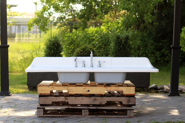 Amazon.com: Large 66u201d Refinished 1950 Farm Sink Cast Iron Double Drainboard  Porcelain Double Basin Kitchen Sink Package: Handmade
