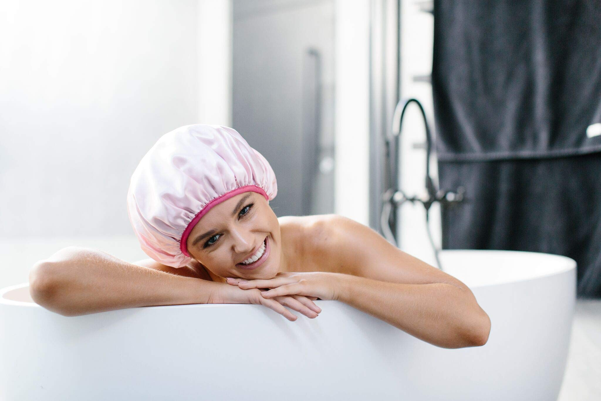Dilly's Collections Microfiber Shower Caps - Premium Three Layered Shower Cap - Seal Out Moisture & Steam During Shower Time - Protects Hair Treatment -Saves Your Blow Out - Luxury Pink Shower Caps