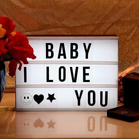 Caja de luz AGM Super cine DIY cine caja de luz LED luz hasta caja con decorativa 90 letras números símbolos para Festival/cumpleaños/aniversario/boda/mottoes etc. [A4 tamaño, blanco]: Amazon.es: Juguetes y juegos