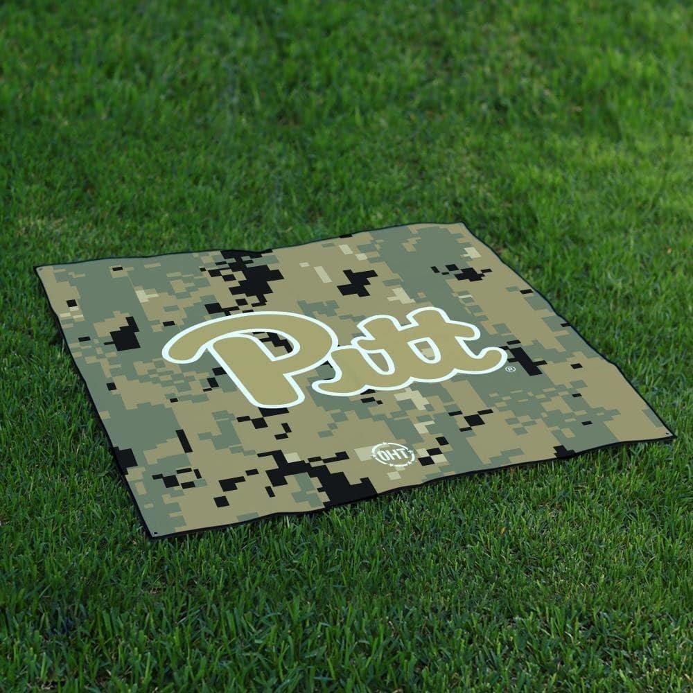 Pittsburgh PanthersテールゲートBlanket操作Hat Trick Oht Camo B0728327GL