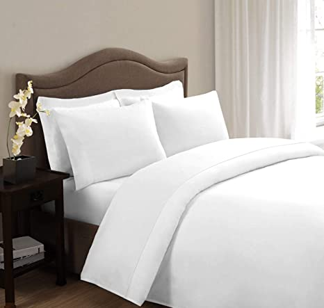 8f20659647f HUESLAND by Ahmedabad Cotton Superior 160 TC Cotton 2 Single Bedsheet with  2 Pillow Cover - White  Amazon.in  Home   Kitchen