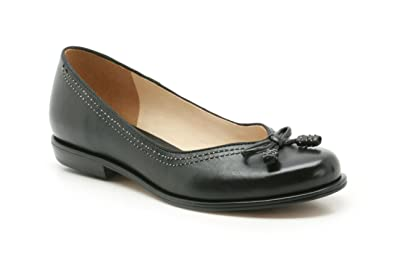 325a052d4 Clarks Womens Smart Clarks Bere Bombay W Leather Shoes In Black ...