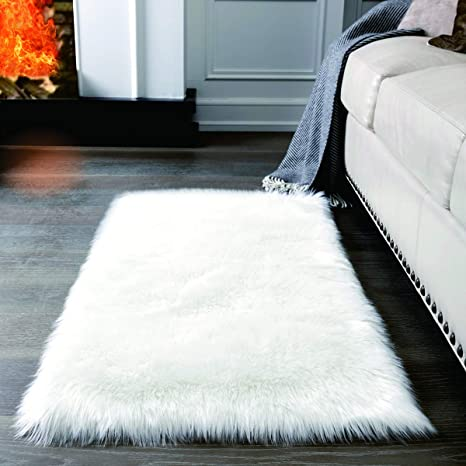 Super Soft White Fluffy Rug Faux Fur Area Rug Fur Rugs For Bedroom Fuzzy Carpet For Living Room 2x4 Feet Ailisi Amazon Ca Home Kitchen