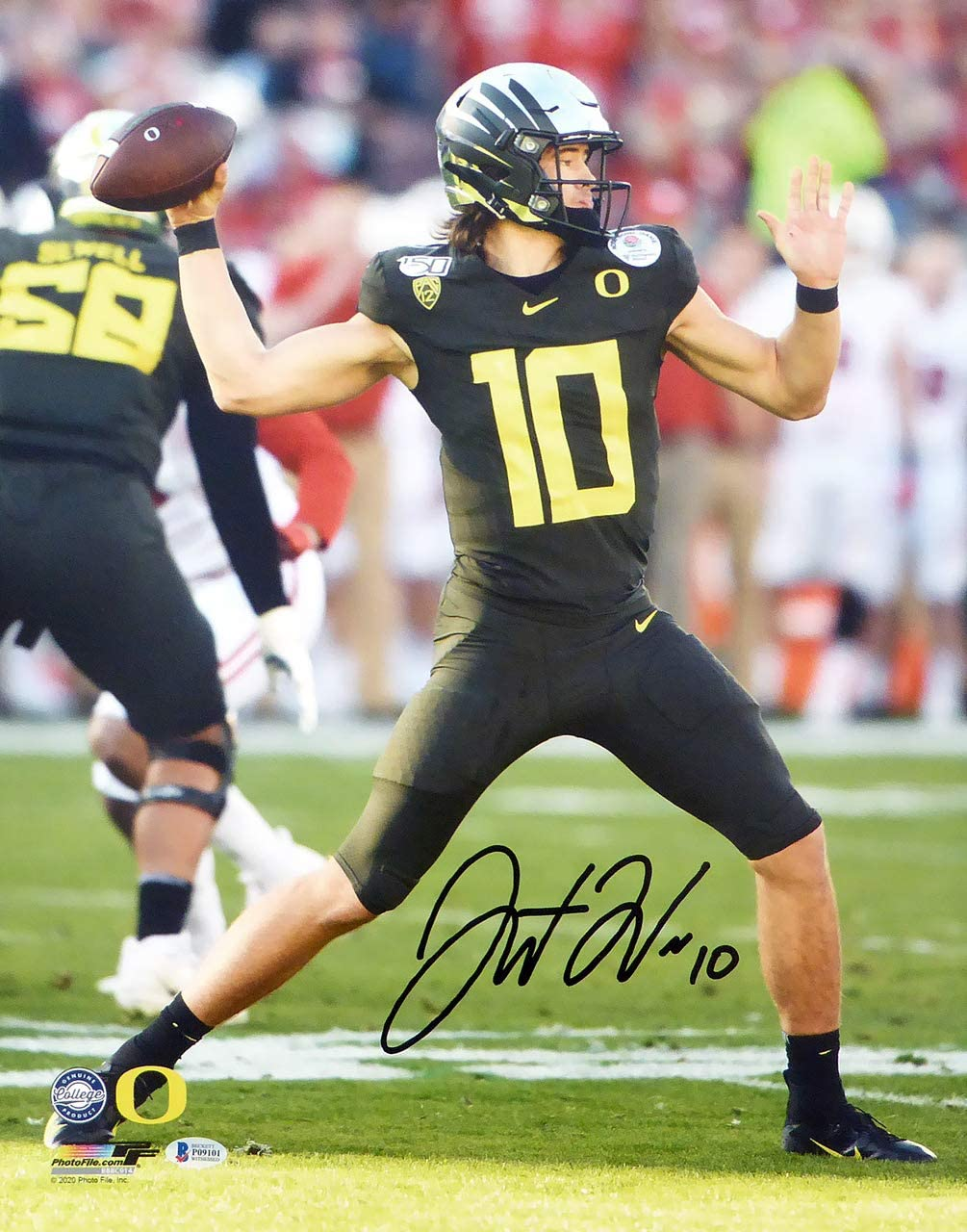 Justin Herbert Autographed 16x20 Photo Oregon Ducks Beckett Bas At Amazon S Sports Collectibles Store