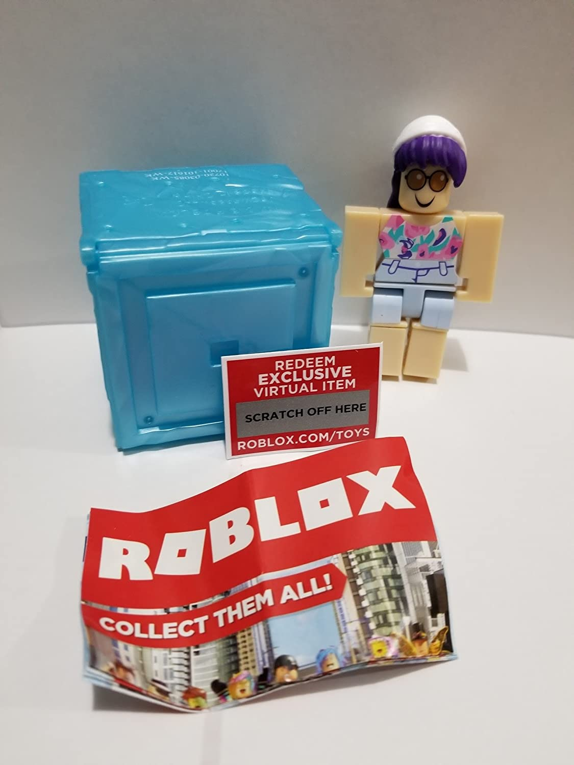 New Roblox Series 3 Top Roblox Runway Model Action Figure Mystery