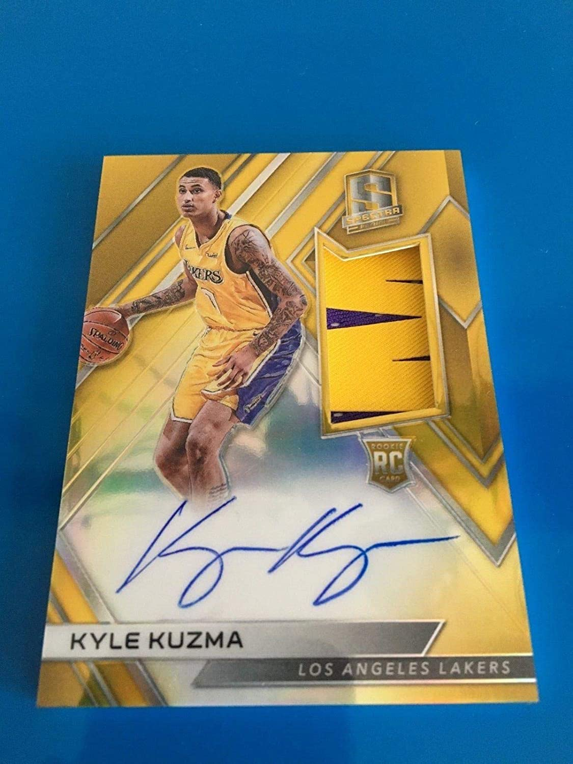 8b03d860c78 2017-18 Panini Spectra Kyle Kuzma GOLD AUTO PATCH /10 RPA RC Lakers Rookie  SP - Panini Certified - Basketball Autographed Game Used Cards at Amazon's  Sports ...