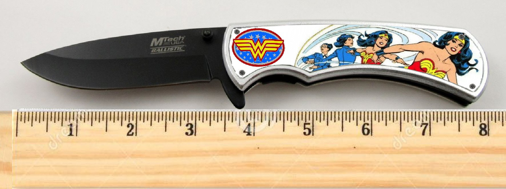 BAY GIFTS EXCLUSIVE Wonder Woman Limited Edition Tactical Spring Assisted Knife 4.5'' when closed with clip