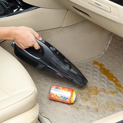 Nass und Trockensauger im Einsatz im Auto