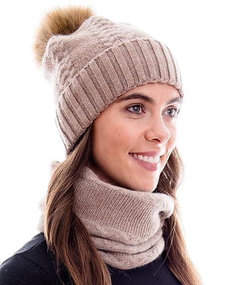 c210d3b1d94ee Hilltop Products Ensemble combiné d'hiver 100% ANGORA, composé d'une écharpe