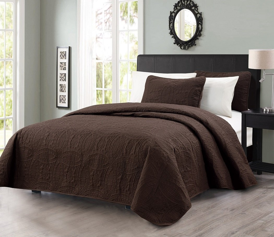 Chezmoi Collection Austin 3-piece Oversized Bedspread Coverlet Set (King, Chocolate) by Chezmoi Collection