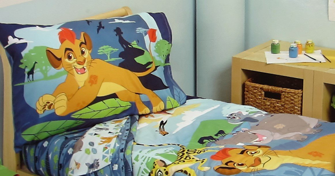 Disney Lion King The Lion Guard (FITTED SHEET ONLY) Size TODDLER Girls Bedding Decor