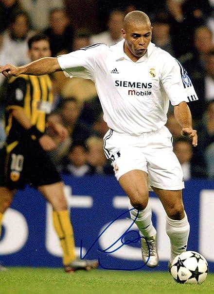 check out 1e4ce 83dfd Amazon.com: SOCCER Ronaldo Luís Nazário de Lima REAL MADRID ...