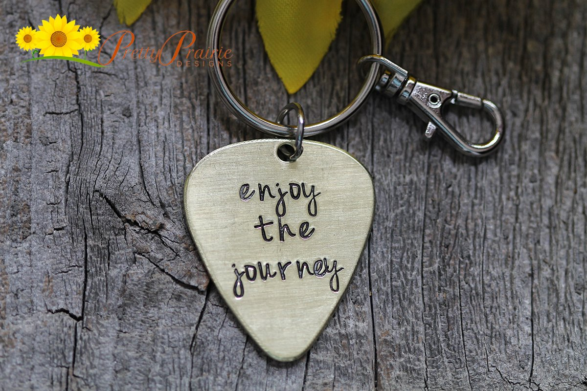 Custom Personalized gift lover Steel Keychain,Guitar pick engraved heart charms