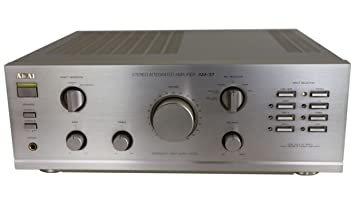 Akai 37 AM estéreo amplificador en plata