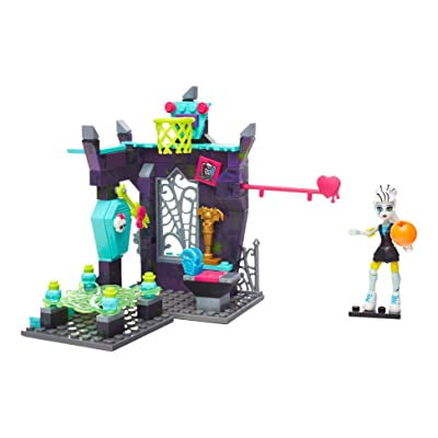 Mega Bloks Monster High Physical Deaducation Frankie Stein Doll: Toys & Games