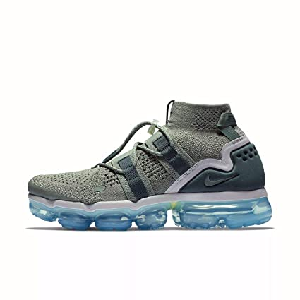 ed7b91be9301c Amazon.com  Nike Air Vapormax FK Utility Men s Running Shoes (14) AH6834  300  Everything Else