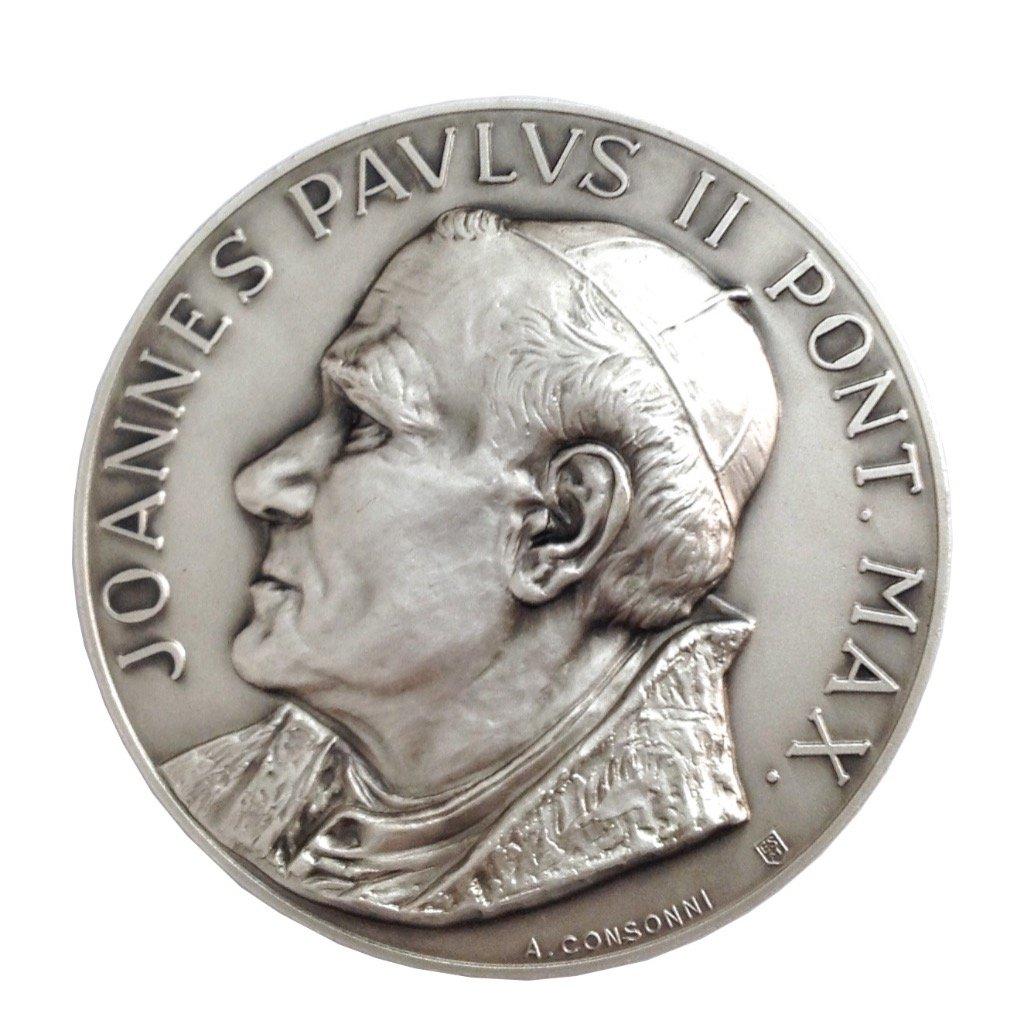 Medaillon des Heiligen Papst Johannes Paul II und Petersplatz Igj mdg1