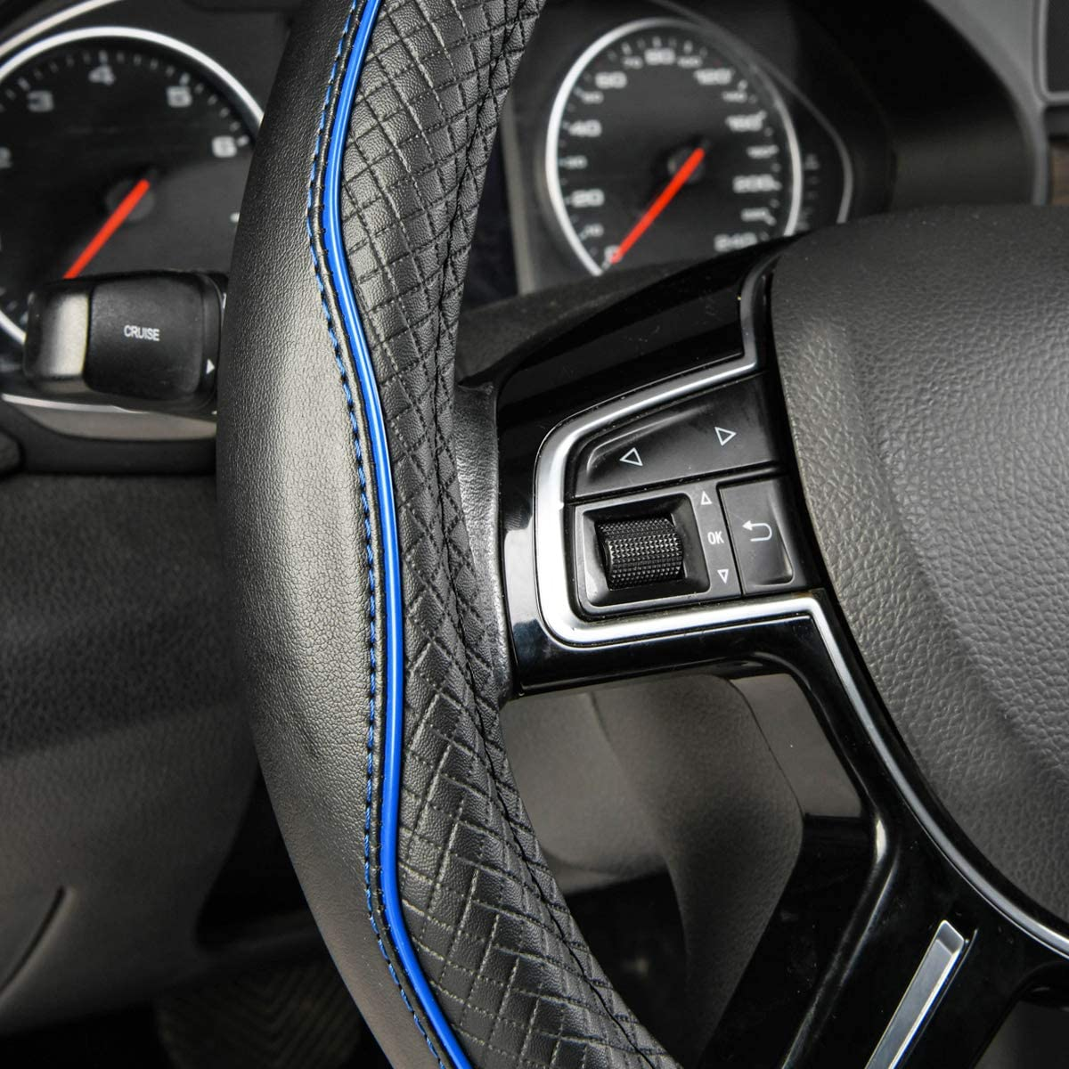 Amazon Basics Lenkradbezug Aus Kunstleder 38 Cm Schwarz Blau Auto