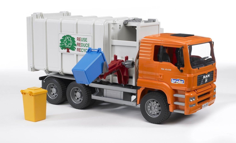 Amazon com bruder toys man side loading garbage truck orange toys games