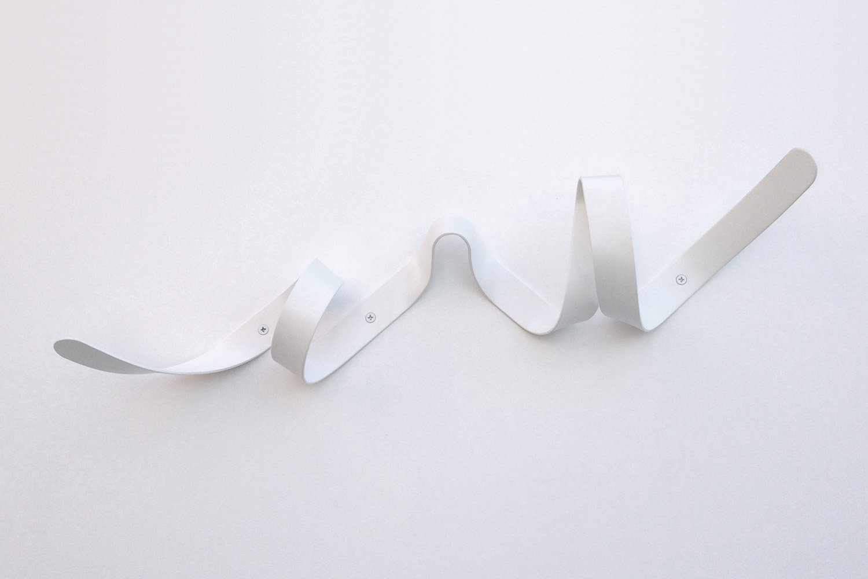 HEADSPRUNG - Headsprung Mini Ribbon Appendiabiti da parete design metallo bianco HSMRRWH