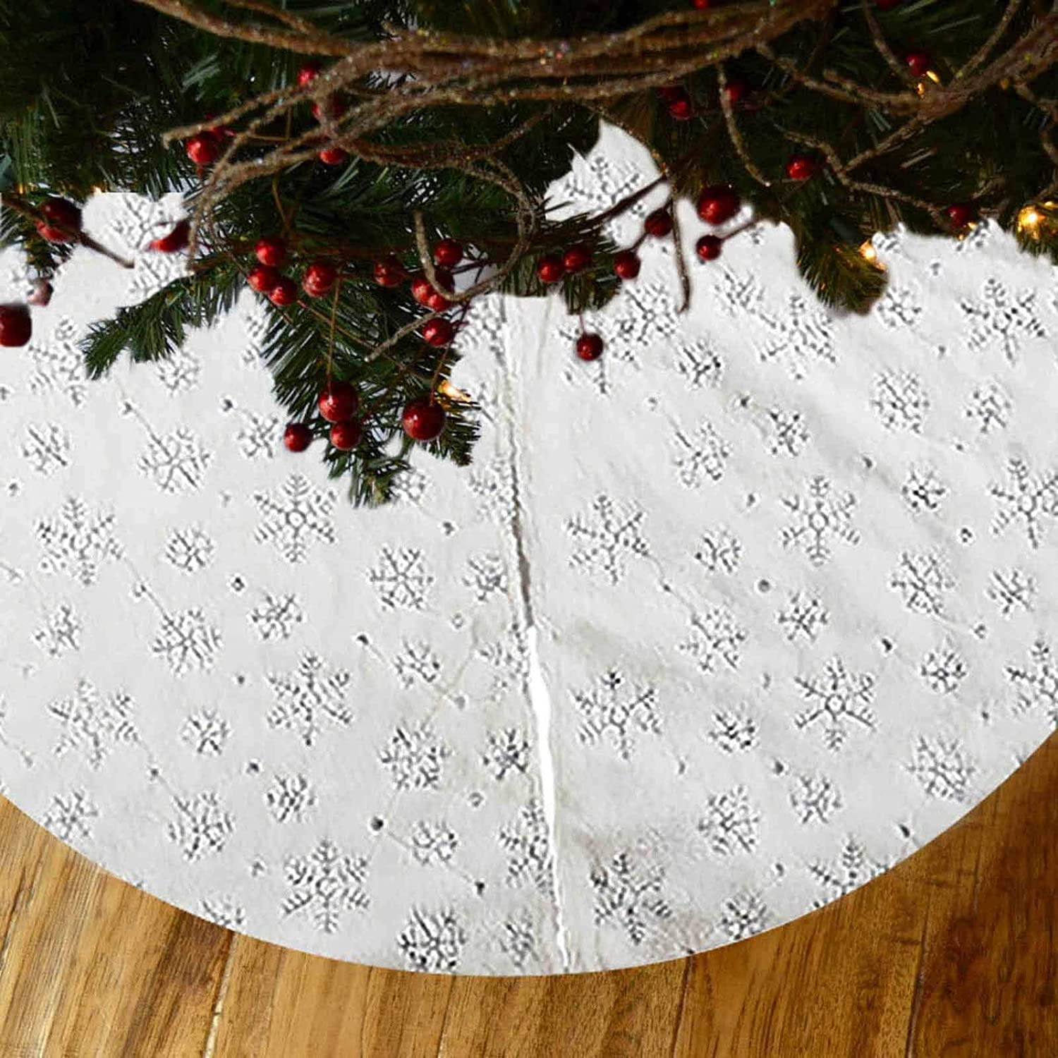 Luxury Plush Fabrics with Gold Sequin Snowflake Tree Mat for Christmas Decorations 36 Inches White Xmas Tree Skirt Vlovelife Christmas Tree Skirt