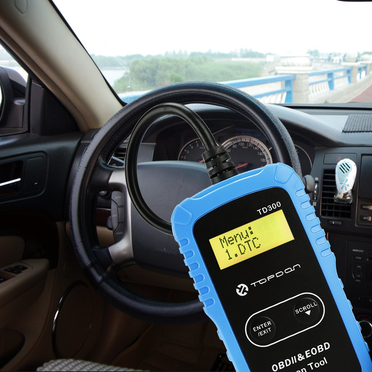 A small-sized, entry-level scan tool, the Topdon TD300 OBD2 Code Reader is ideal for beginners and average car owners