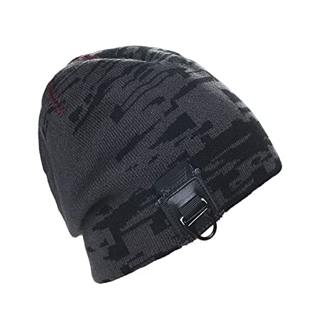 2e0923dde6fe2 Amazon.com  Miki Da camo leather buckle Winter Hats For Men Knitted Beanie  Caps Fleece Warm Hip Hop Skull Beanies Men Dark Grey  Sports   Outdoors